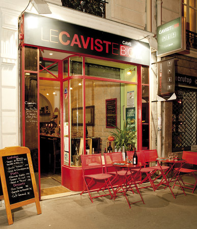 Ext rieur boutique picture of le caviste bio paris for Bar exterieur paris