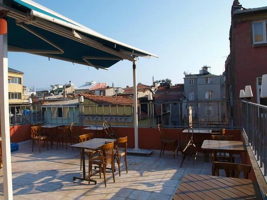 Taksim Lounge Hostel: Terrace