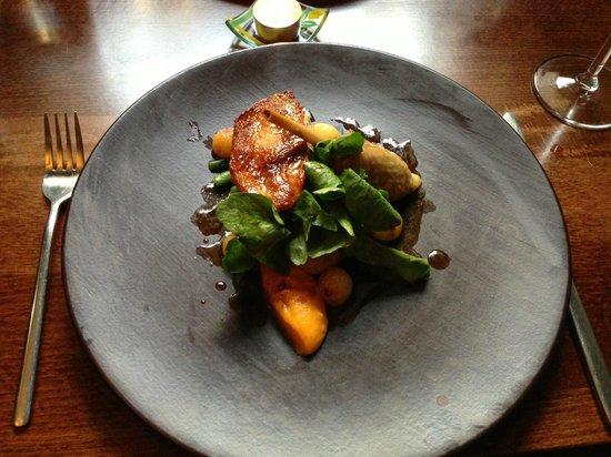 Purslane Restaurant: Roast guinea fowl with confit potato, watercress and jus gra