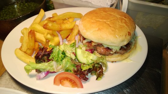 The Begelly Arms Restaurant: our burger