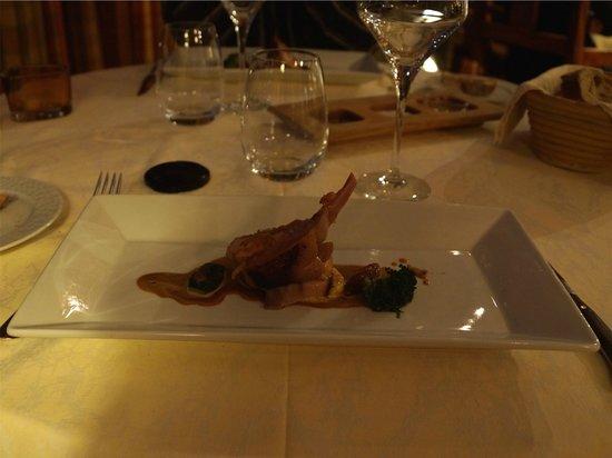 La Belle Vue : cochon de lait, condiment de chorizo, polenta regonflée au grana padano