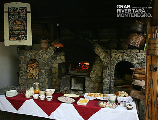 Camp Grab: Breakfast Kamp Grab