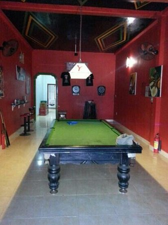 Pool Table And Electronic Darts Picture Of Rock House Bar Phu - Electronic pool table