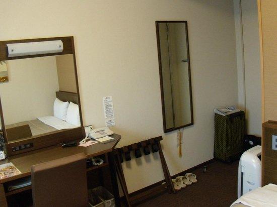 Hotel Route-Inn Hotel Higashi Muroran Ekimae: 室内