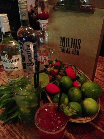 Mojo's Tapas Bar: Mojo's cocktail