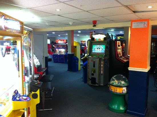 Parkdean Resorts - Torquay Holiday Park: Arcade
