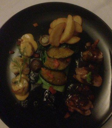 Mom Tri's Krapood Kitchen: Roast duck and scallops