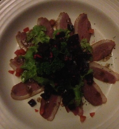 Mom Tri's Krapood Kitchen: Smoked duck and beetroot salad