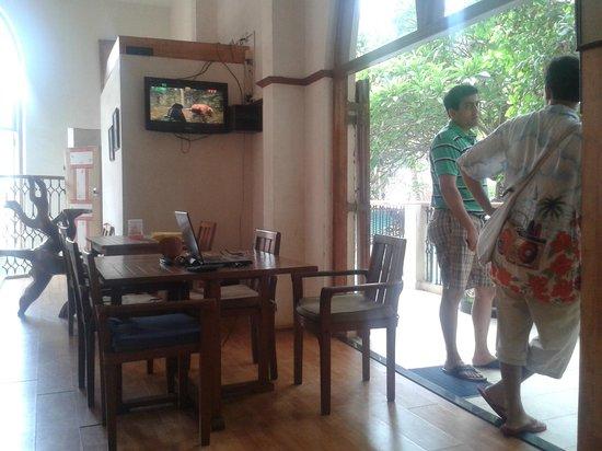 Bardays Inn : Indoor seating