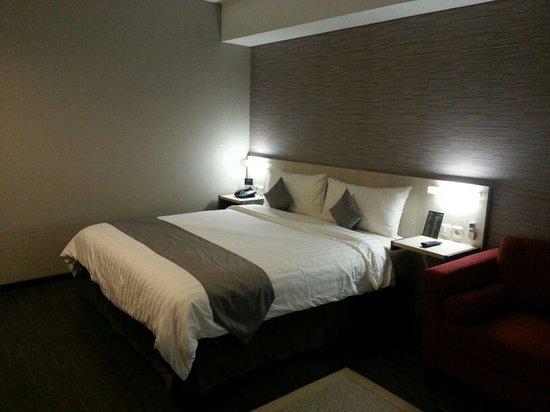 favehotel Tanah Abang - Cideng: Queen Bedroom View - Cosmopolitan Design