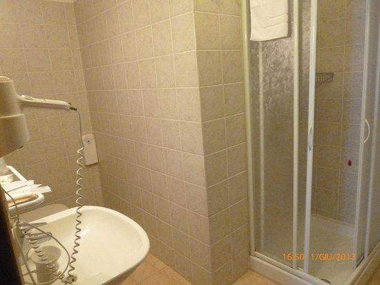 Hotel Residence Sant'Uberto: bagno