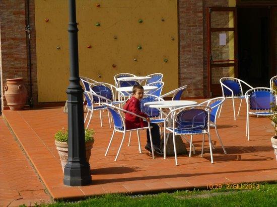 Hotel Residence Sant'Uberto: fuori dal bar
