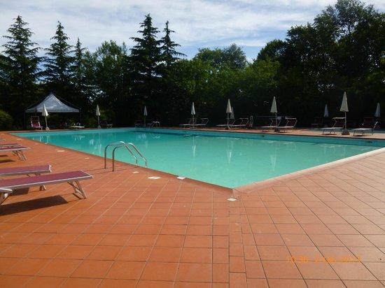 Hotel Residence Sant'Uberto: piscine