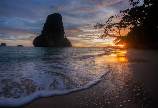 Rayavadee Resort: Phra Nang Beach at Sunset
