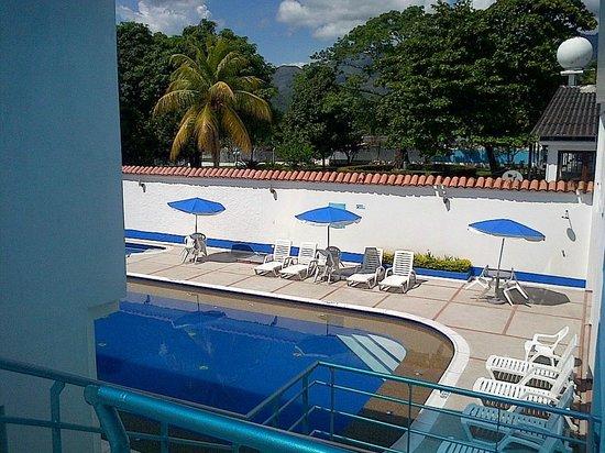 Hotel Zahara: El área de la piscina
