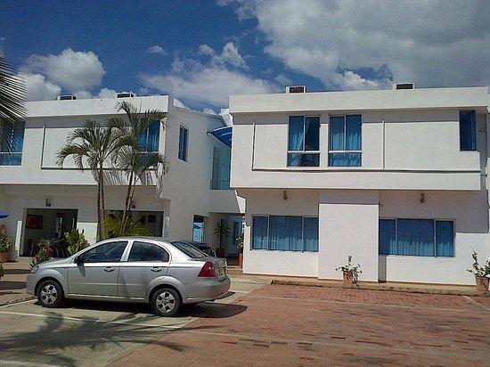 Hotel Zahara: Amplio estacionamiento y mucha tranquilidad en el Zahara