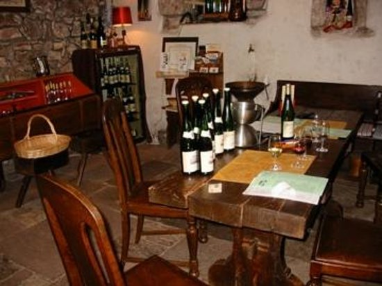Vignoble Andre Scherer : Tasting room - wine