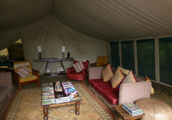 Nairobi Tented Camp: The comfortable tented lounge.
