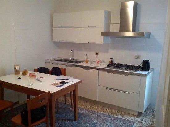 Relais Venezia: kitchen