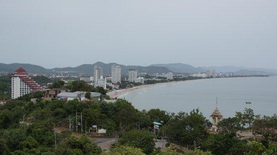 Wat Khao Takiap: view of Hua Hin Bay
