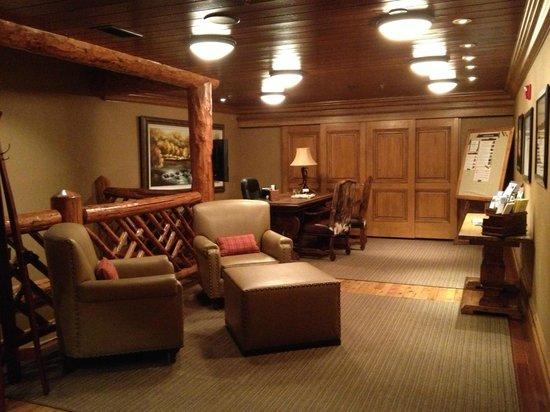 Shore Lodge: Lounge