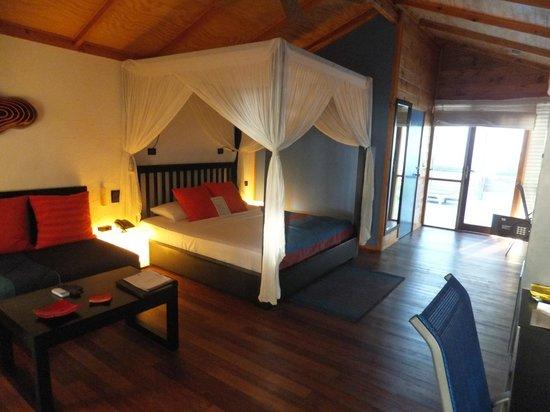 Meeru Island Resort & Spa: lovely room - Jacuzzi beach villa