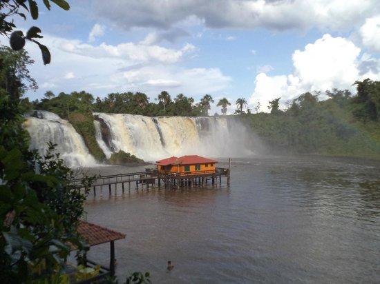 Cachoeira Salto das Nuvens