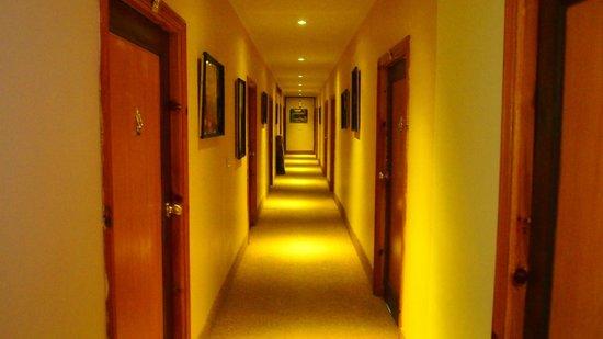 Shangrila Resort Hotel Murree Hills: Rooms
