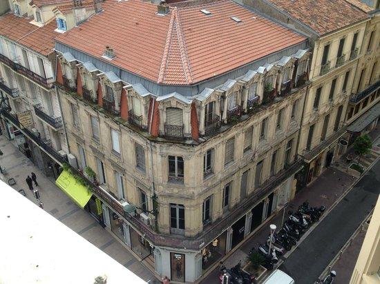 BEST WESTERN Hotel Univers: vista sulla strada dalla terrazza