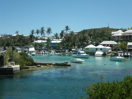Flatts Village, Islas Bermudas: Bermuda Flatts - Outside Brightside Guest Apartments