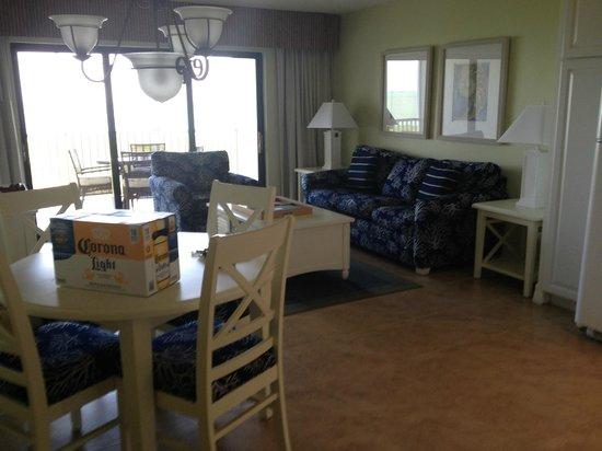 Etonnant South Seas Island Resort: Living Room With New Furniture