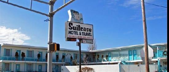 Suitcase Motel & Travel