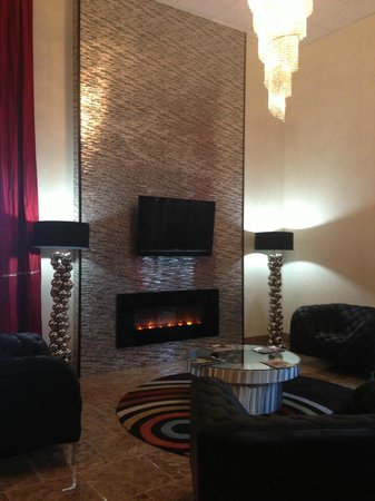Ramada Murfreesboro: Hotel Lobby