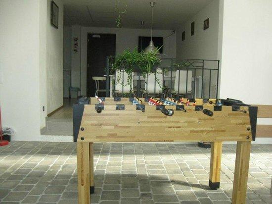 Art Hostel Taurus : Common room(yard)
