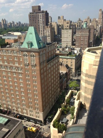 The Carlyle, A Rosewood Hotel: More views