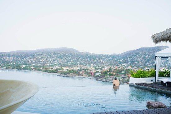 Tentaciones Hotel: View from deck
