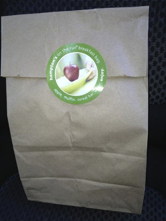 Hampton Inn by Hilton Sydney: Breakfast bag to take away