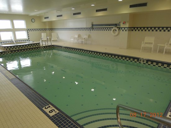 hilton garden inn philadelphia center city clean swimming pool - Hilton Garden Inn Philadelphia