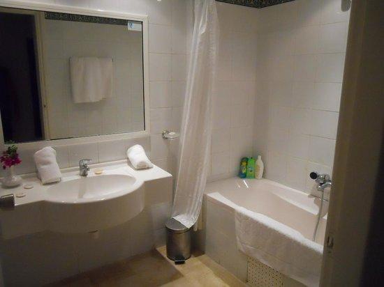 Hotel El Fell : Salle de bain