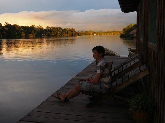 Mao Hostel: Pôr-do-sol no rio Juma