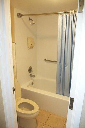 The Hotel Blue: il bagno