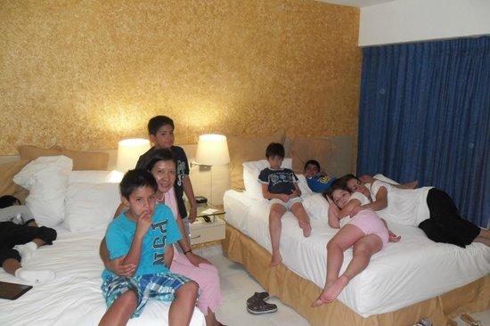 Gran Plaza Hotel Acapulco: HABITACION