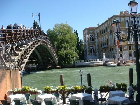 Dorsoduro: El puente de la Academia!