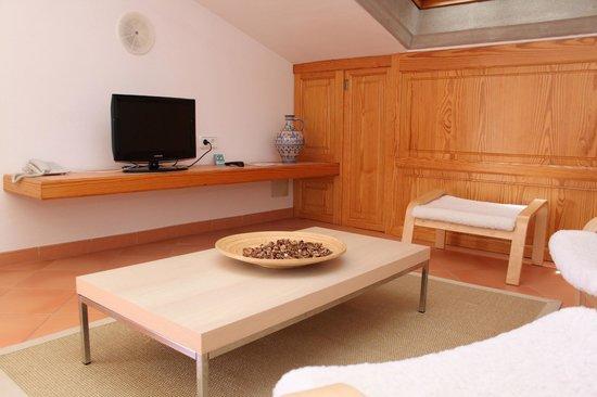 Es Baulo Petit Hotel: Wohnzimmer