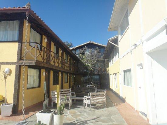 Nomad Buzios Seashore Hostel: terraza