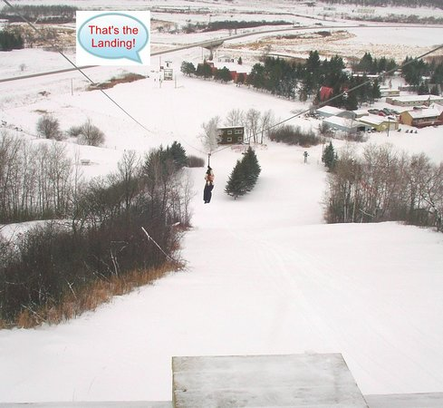 Holiday Mountain Resort: Air Holiday Ziplines departure tower