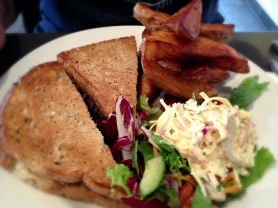 Number 9 Cocktail Bar & Restaurant: Steak sandwich & rustic chips