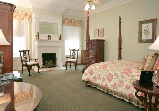 Graystone Inn: Latimer Room