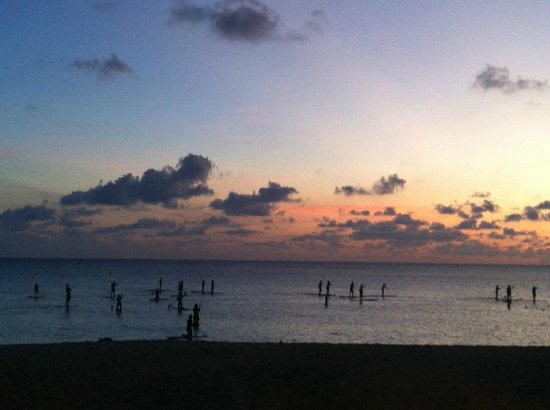 Cayman Stand Up Paddle Co: Full Moon Paddle Begins