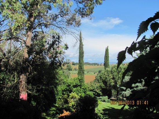 Gioiella, Italie : view from the main floor patio
